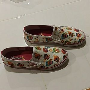 Day of the Dead skechers
